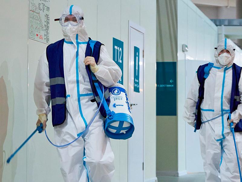 В России обновились максимумы по числу заболевших COVID-19 и умерших за сутки