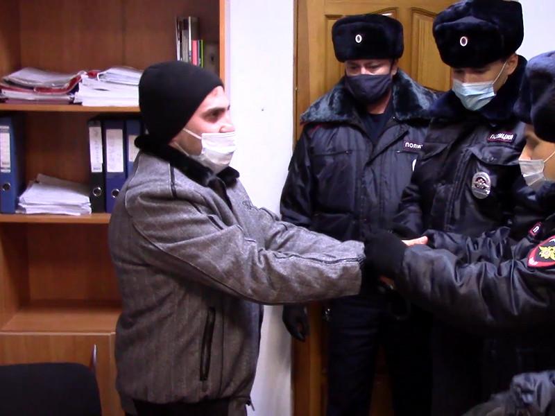 В Волгограде в пятницу следователи задержали Ануш Мелконян и ее мужа Армана, которые причастны к убийству. Главным подозреваемым стал брат Ануш Арсен