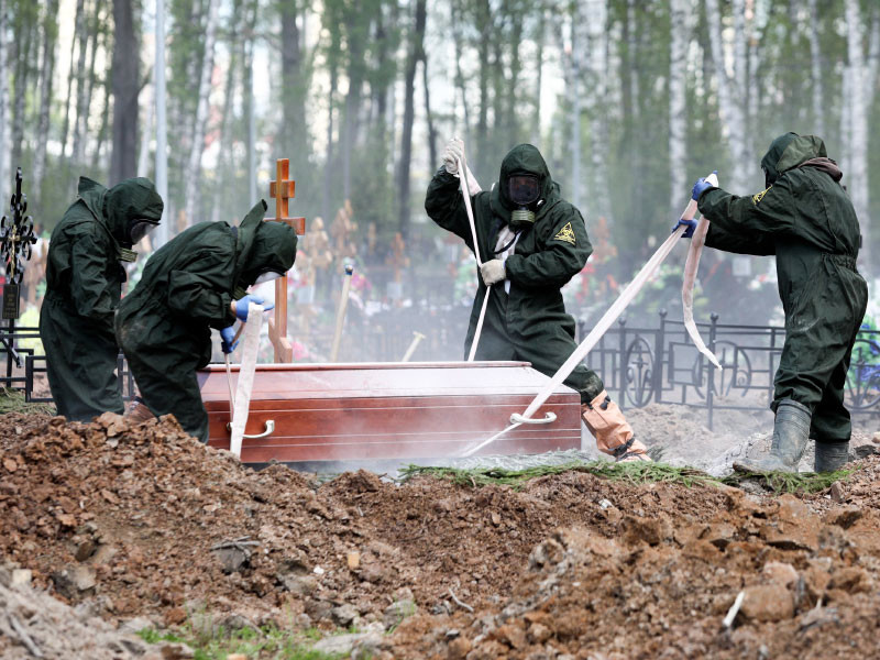 В Москве умерших от коронавируса будут хоронить в гробах с прозрачными крышками