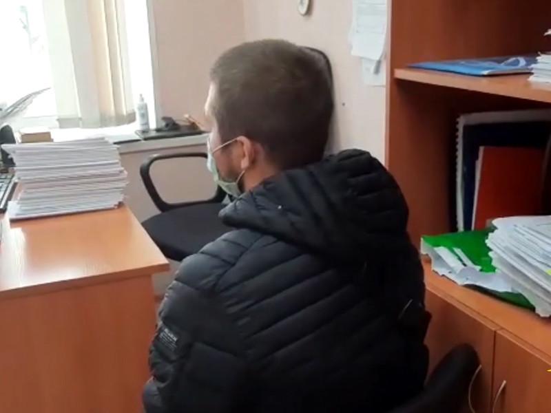 Полицейские из Сургута задержали подозреваемого в краже денег, которые пользователи интернета ему присылали, желая купить не существующих щенков дорогих пород
