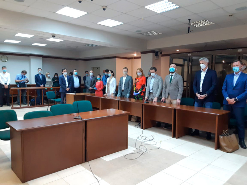 Основателя Baring Vostok Майкл Калви и другие фигуранты дела в Мосгорсуде, август 2020 года