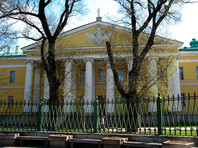 Санкт-Петербург, здание Мариинской больницы, 26 апреля 2014 года