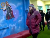В детском центре в Чечне заменили изображения героев Marvel на героев освободительных войн чеченского народа