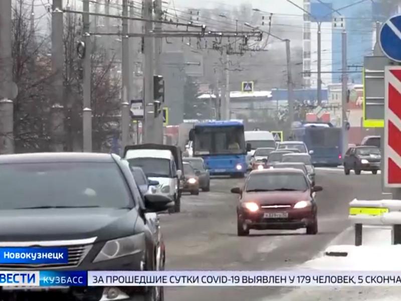 """В ходе реформычасть маршрутов пассажирского автотранспорта была сокращена, а основную часть оставшихся получила компания из Санкт-Петербурга """"Питеравто"""""""