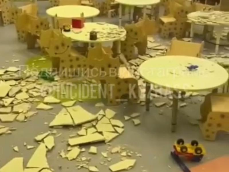 В кемеровском детском саду, открытом шесть дней назад, обрушился потолок