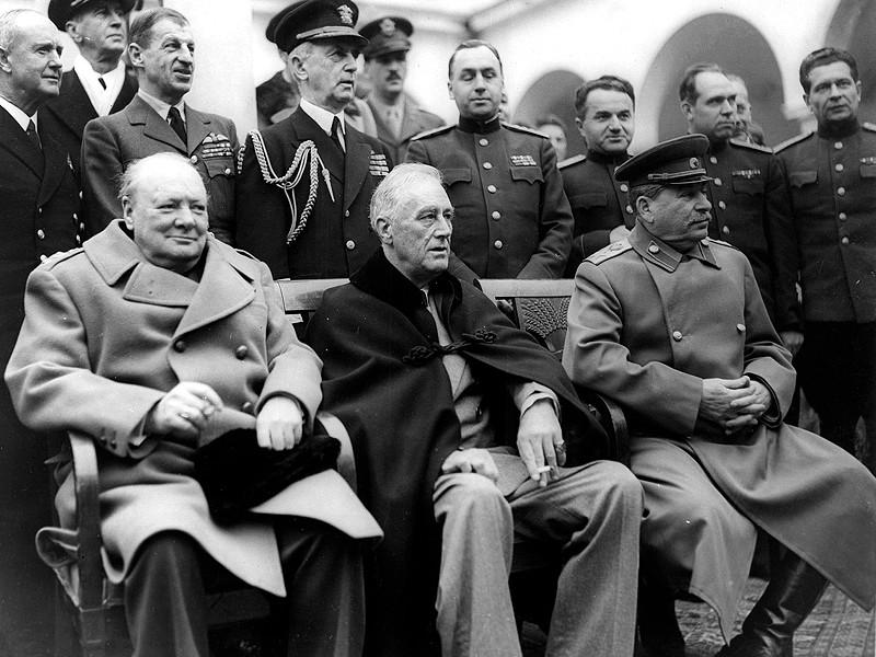 Черчилль, Рузвельт, Сталин в Ялте. Февраль 1945 года
