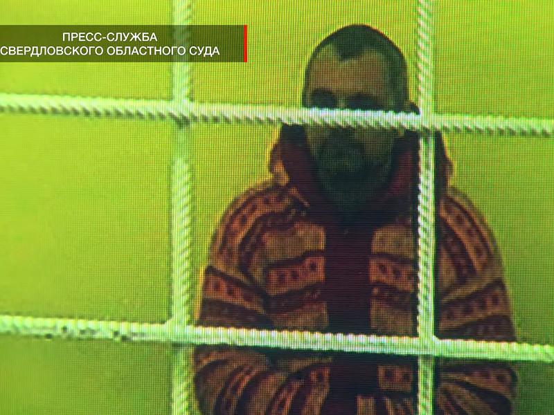 Суд разрешил фотографу Дмитрию Лошагину, осужденному за убийство жены, выйти из колонии