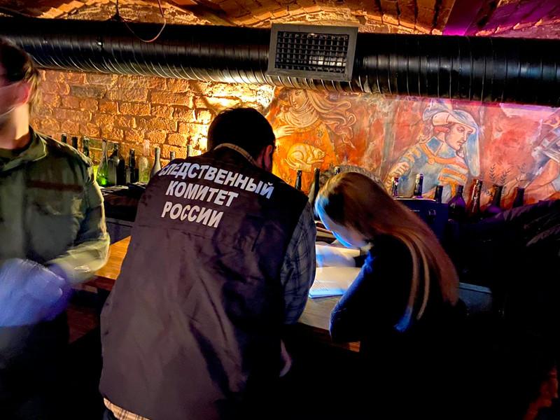 Губернатор Петербурга поручил провести рейды по ресторанам в праздники