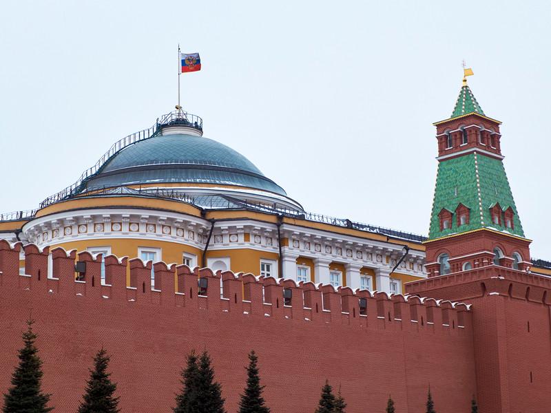 В Кремле это объяснили подготовкой к ежегодной большой пресс-конференции Владимира Путина, которая состоится 17 декабря