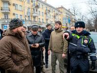 В центре Грозного братья-пекари, вооруженные ножами, напали на полицейских