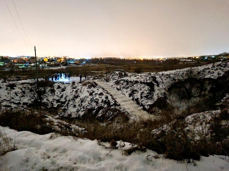 Спасатели обнаружили живыми группу детей, пропавших в Сьяновских пещерах в районе города Домодедово Московской области