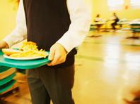 """В Подмосковье после отравления 90 школьников проверят фирму, связанную с """"поваром Путина"""""""