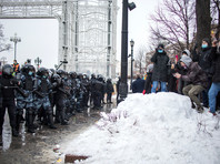 Bloomberg: российские власти всерьез обеспокоены столь массовыми протестами, в Кремле напряженность