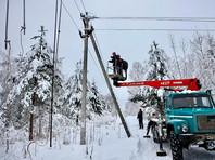 Из-за снегопада остались без света более 300 населенных пунктов Тверской области