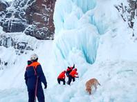 Один человек погиб при обвале льда в Камчатском крае