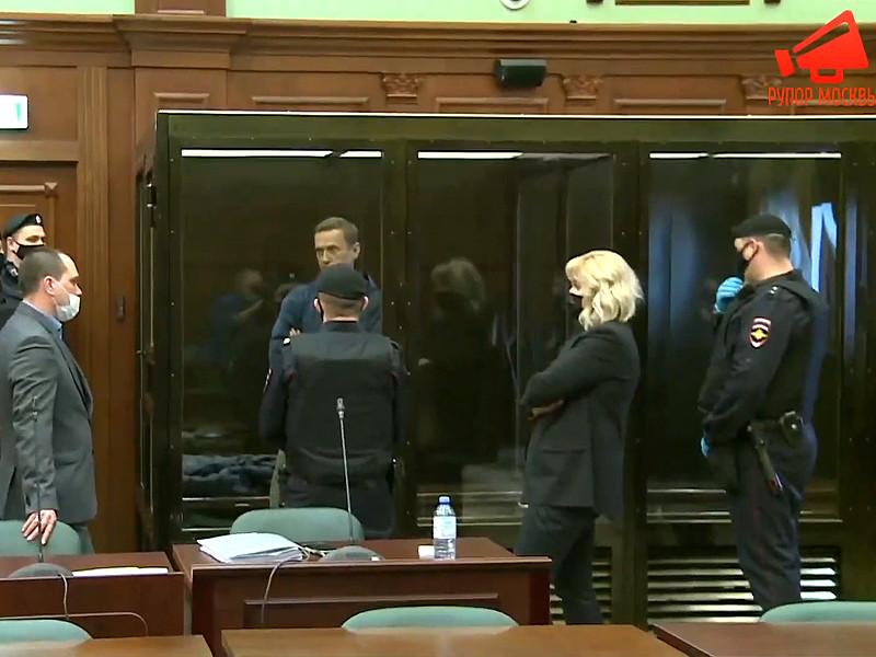 Журналистам не разрешили вести фото- и видеосъемку в суде над Навальным