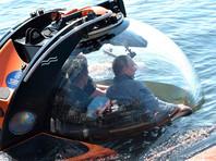 Владимир Путин трижды погружался с Фокиным на дно моря: в 2013 году они обследовали затонувший фрегат, в 2015-м - античные амфоры, а в 2019-м - исследовали подводную лодку времен Второй мировой войны