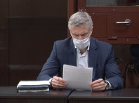 Майкл Калви и другие обвиняемые не признали вину в растрате