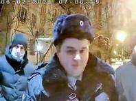 В Петербурге и Владивостоке пришли с обысками к оппозиционным активистам (ВИДЕО)