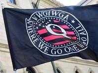 Флаг QAnon во время протестов в январе 2020 года в городе Ричмонд американского штата Виргиния