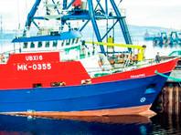 В Баренцевом море траулер подал сигнал бедствия