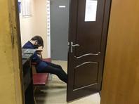 """Отделы полиции в Москве, не приспособленные """"под десятки молодых людей с высшим образованием"""", снова не справились с потоком задержанных"""