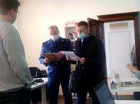 Прокуроры посетили томский штаб Навального, предупредив о недопустимости массовой акции в День святого  Валентина
