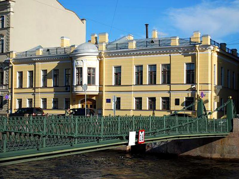 В Главном следственном управлении СК по Санкт-Петербургу отказались говорить, ведется ли проверка слов полицейского, который 23 января пнул в живот 54-летнюю Маргариту Юдину
