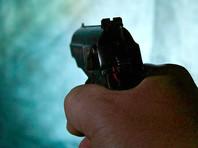 Во Всеволожском районе Ленинградской области полиция задержала предпринимателя, который открыл стрельбу из травматического пистолета по мужчине, убиравшему снег