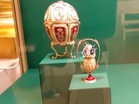 """Второй - """"яйцо 1904 года"""" очень похожее на общепризнанное яйцо """"Пятнадцатая годовщина царствования"""" в петербургском Музее Фаберже"""
