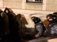 Более 130 человек пострадали от полицейского насилия за три протестных дня. В ОВД практикуют пытки, издевательства, запугивание (ВИДЕО)