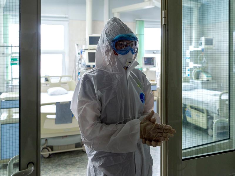 Власти Москвы отрицают отправку медиков в отпуск перед новой волной COVID-19