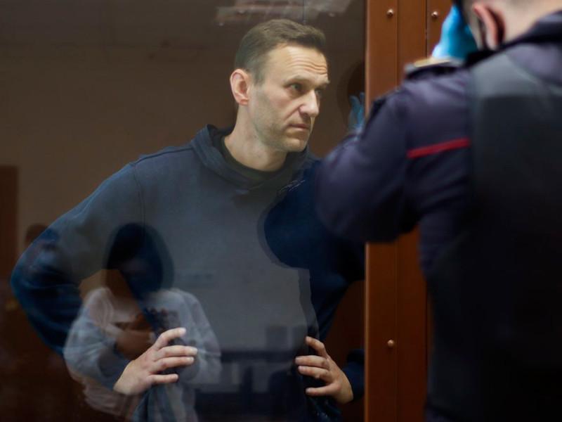 Обвинение запросило для Навального 3,5 года колонии по делу о клевете в адрес ветерана