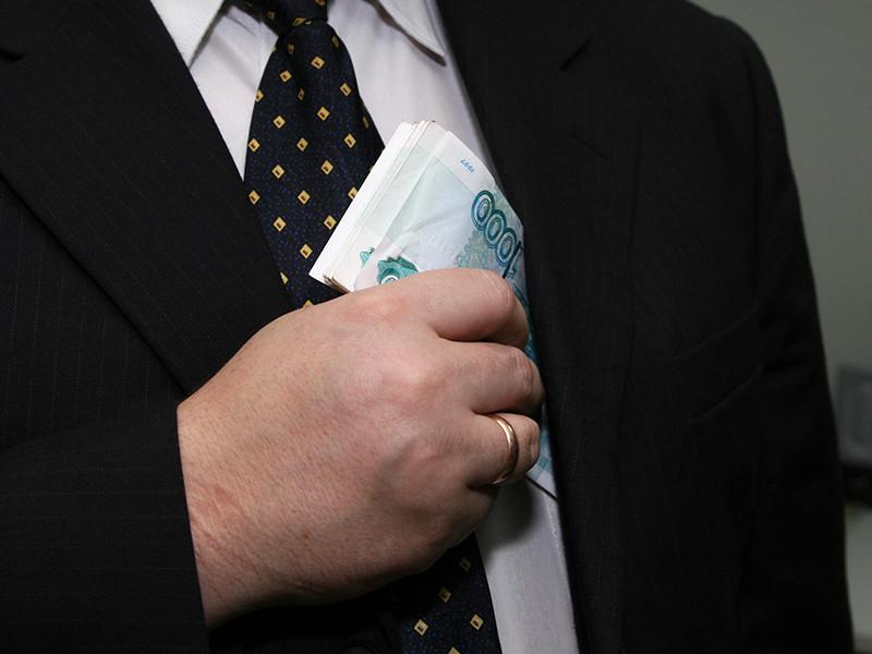 Правительство внесло на рассмотрение Госдумы законопроект, согласно которому денежные средства чиновников, уличенных в коррупции, будут изымать в пользу государства