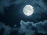Власти города Усть-Кута Иркутской области не разрешили жителям понаблюдать за Луной в телескоп