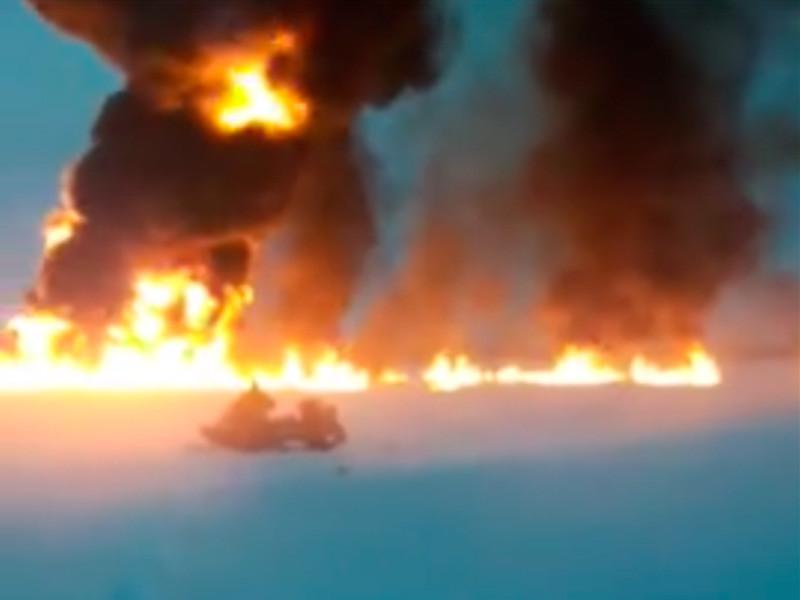 В Ханты-Мансийском автономном округе зафиксирован пожар в акватории реки Оби под Нижневартовском, сообщила в Instagram глава Росприроднадзора Светлана Радионова. Предположительно авария возникла на подводном трубопроводе