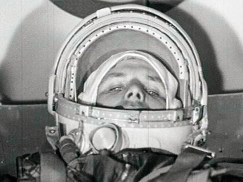 Глава Звездного городка Евгений Баришевский прокомментировал появившуюся в СМИ информацию о запуске блинов на шарах и воздушном крестном ходе в честь 60-летия полета Юрия Гагарина в космос