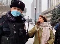 """Московская полиция назвала причины задержания 200 участников форума """"Объединенных демократов"""""""