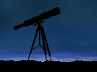 Тротуарная астрономия - вид любительской астрономии, основанный американским астрономом-любителем Джоном Добсоном в 1960-х годах. Он заключается в том, что астрономы-любители выносят свои телескопы на городские улицы  и приглашают прохожих бесплатно смотреть на небесные объекты