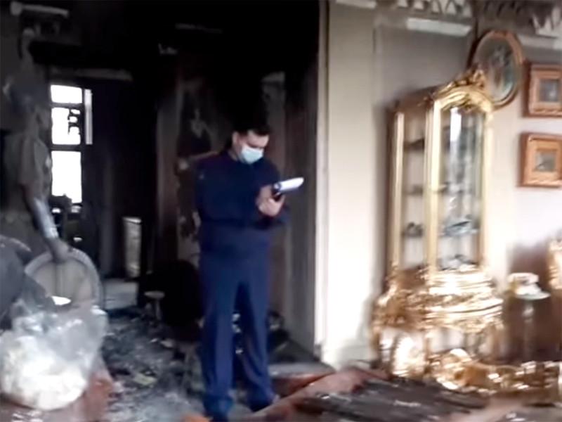 Следователи и криминалисты СК России проводят осмотр места происшествия в поселке Вешки