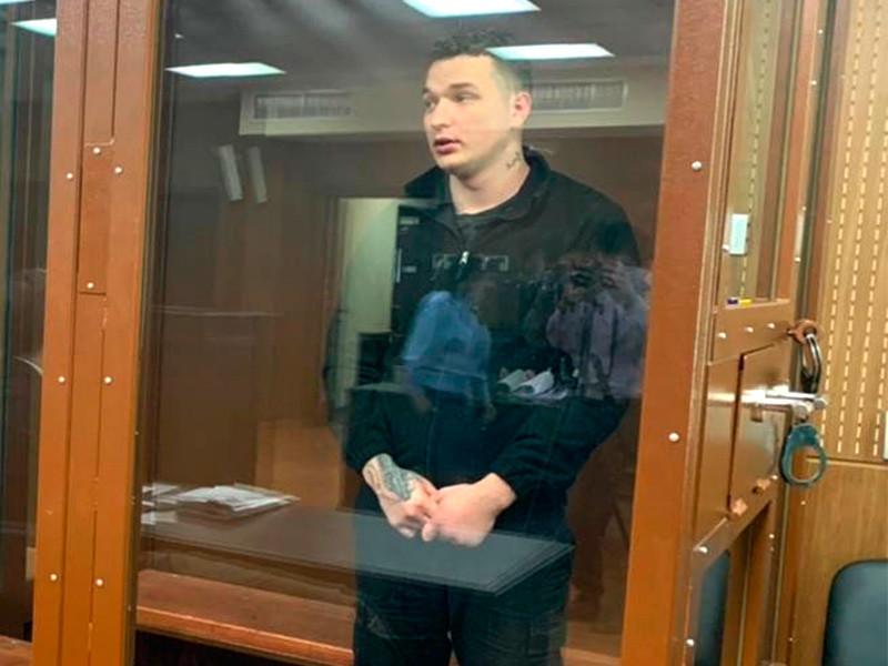 Следствие не стало ходатайствовать в суде об аресте YouTube-блогера и пранкера Эдварда Била (настоящее имя - Эдуард Биль), спровоцировавшего массовую аварию на Новинском бульваре в Москве