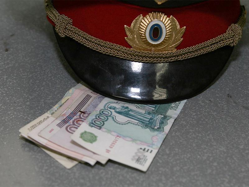 Больше всех коррупционных преступлений среди российских чиновников в прошлом году совершили сотрудники правоохранительных органов