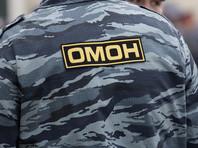 В Алтайском крае ОМОН по ошибке вырезал дверь в квартиру женщины с детьми