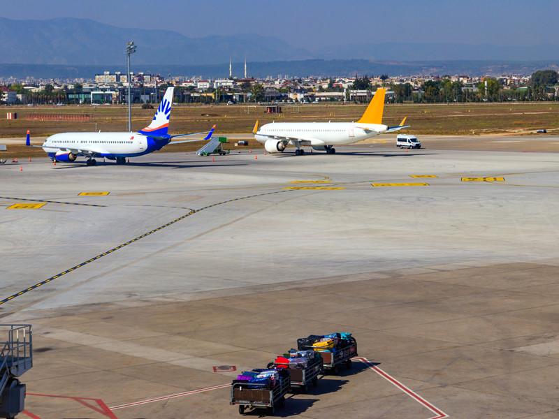 Аэропорт а Анталье