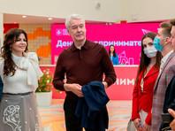 Мэр Москвы предложил создавать в ресторанах особые зоны для вакцинированных посетителей, бизнес против