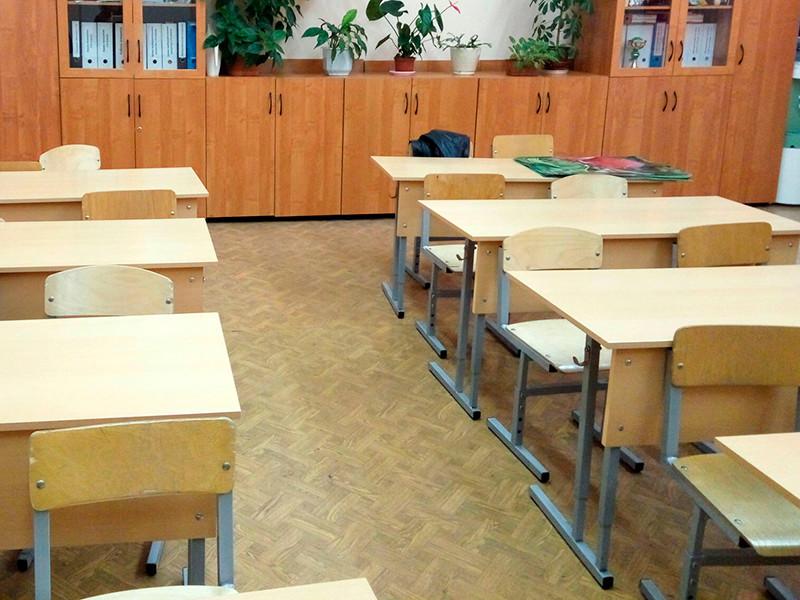 """Министерство образования Мурманской области после стрельбы в казанской школе потребовало от подведомственных учреждений создать список школьников, студентов и выпускников, """"склонных к нарушению дисциплины"""""""