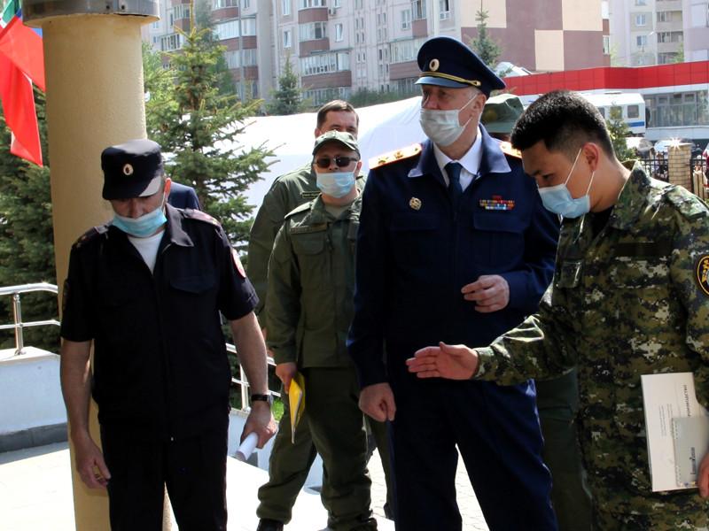 Председатель Следственного комитета России Александр Бастрыкин заявил, что казанская школа, где выпускник застрелил девять человек, не охранялась из-за нежелания родителей учеников платить за охрану