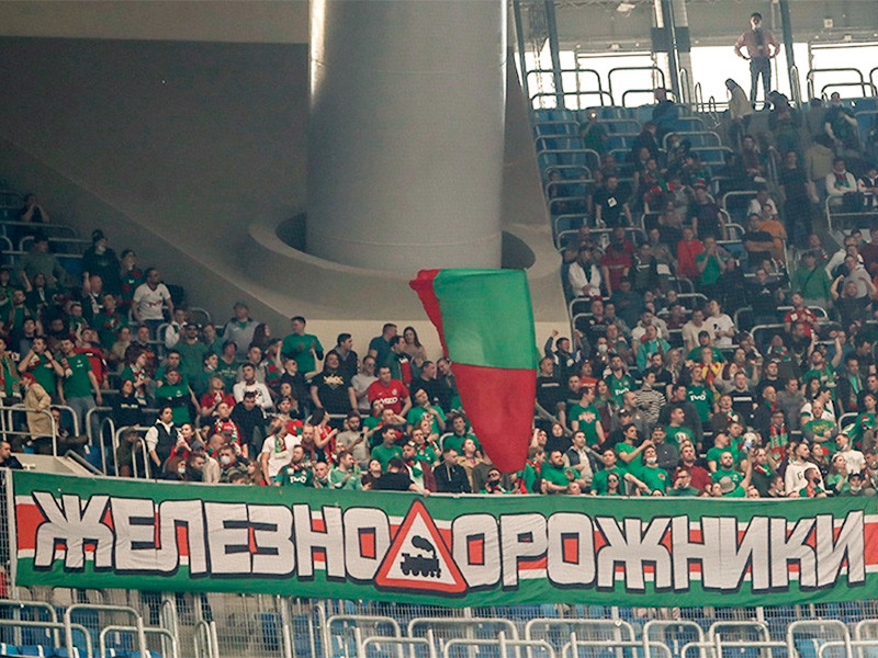 After the football match between Lokomotiv and Zenit, which took place on May 2 in St. Petersburg and ended with a score of 6: 1 in favor of Zenit, which became the champion of Russia in football ahead of schedule, Lokomotiv fans complained about excessive restrictive measures and actions of police officers