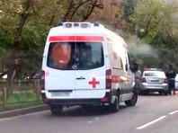 На востоке Москвы машина сбила двух девочек во дворе дома и скрылась