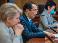 Глава Якутии Айсен Николаев потребовал принципиально увеличить темпы вакцинации населения в республике и поручил главам муниципальных образований и городских округов издать нормативные акты об обязательной вакцинации
